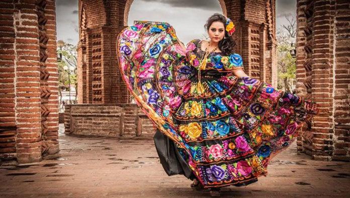 5 datos que no sabías del traje típico de Chiapas