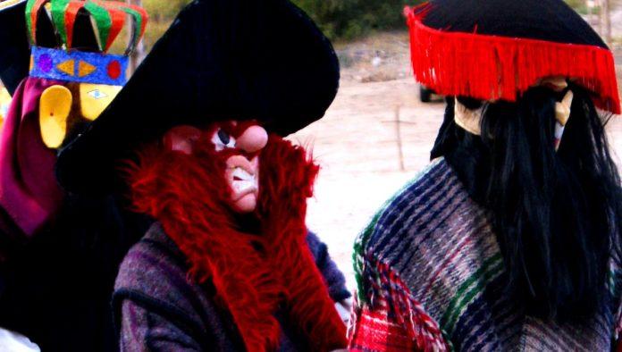 Tribu yaqui celebra Semana Santa con rituales de purificación en Sonora