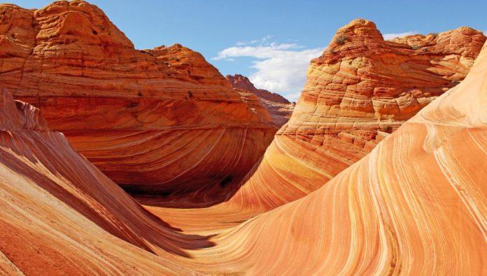 Vermilion Cliffs, Monumento Nacional de senderos serpenteantes en Arizona
