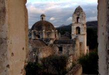 A explorar la Cueva de la Olla, zona arqueológica de Chihuahua