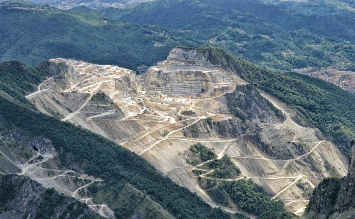 Alpes Apuanos: los montes apeninos de mármol de Italia