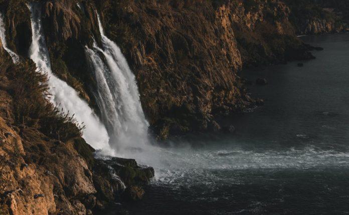 Cascada de Atlihuetzia y la leyenda de una joven prisionera