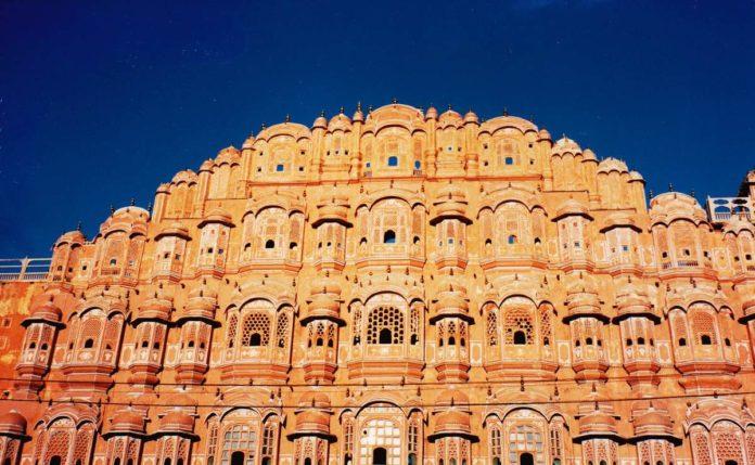 Jaipur, la impresionante ciudad rosa de la India
