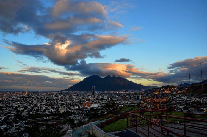 Palacio y Cerro del Obispado, una vuelta al ayer regiomontano