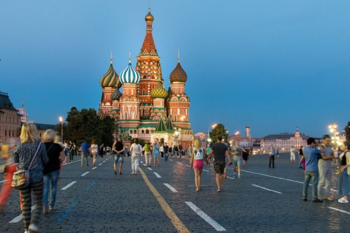 ¿Rusia ofrece vacunas a los turistas que quieran visitarla?