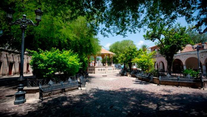 San Martín de Bolaños, Jalisco: Minas, charrería y turismo
