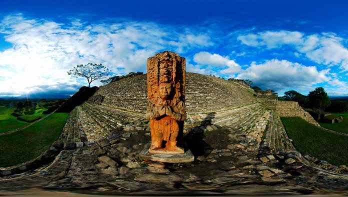 Toniná zona arqueológica en Chiapas