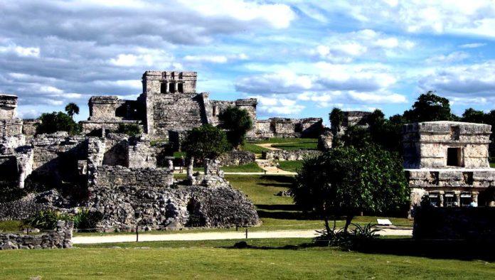 Tulum: encuentro con su pasado en la zona arqueológica en Quintana Roo