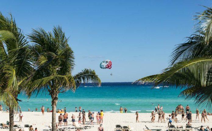 Visitax: el impuesto para turistas internacionales en Quintana Roo