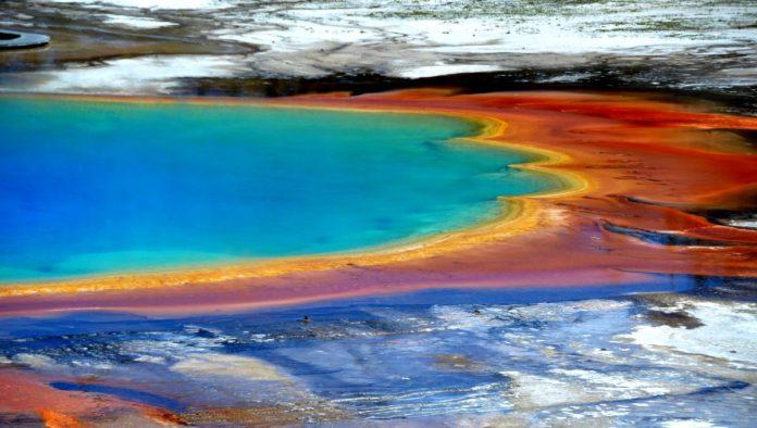 Yellowstone y su Gran Fuente Prismática, el colorido universo de USA