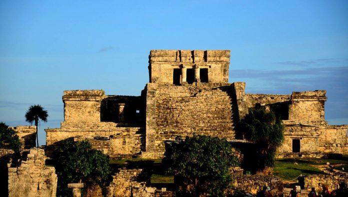 INAH cierra zona arqueilógica por caso de Covid-19