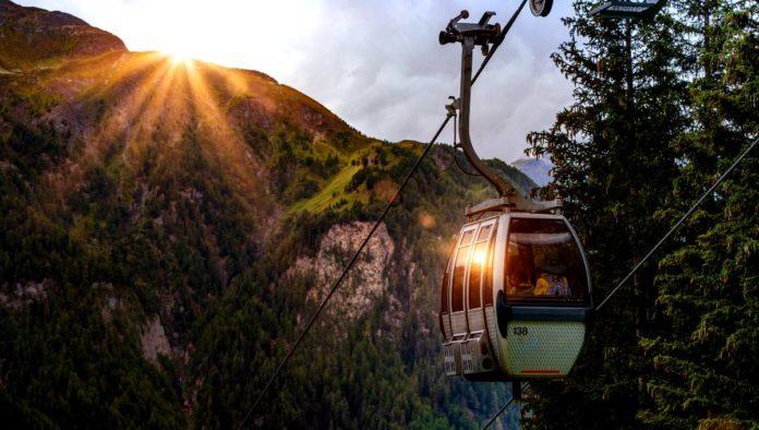 Teleférico se desploa en Italia