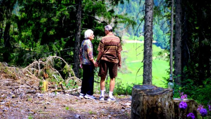 Turismo de la tercera edad