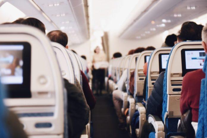 Aerolínea dará cursos de idiomas a sus pasajeros