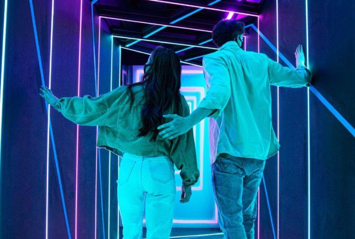 Black Mirror Labyrinth: una atracción que pondrá a prueba tus sentidos