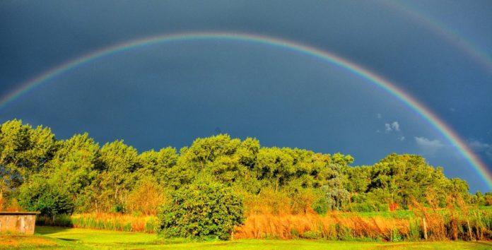 FOTOS: Doble arcoíris sorprende a habitantes de Querétaro