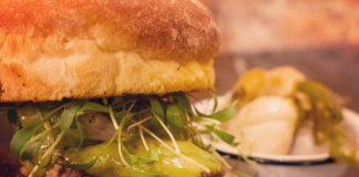 ¿Hamburguesa de Suadero?, así es la nueva delicia de la CDMX que te va a fascinar