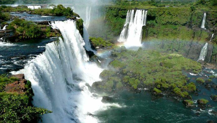 Hoteles de Iguazú cierran por falta de turismo