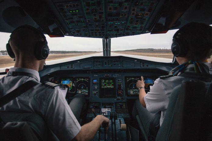 VIDEO: Piloto graba su vuelo completo y se hace viral