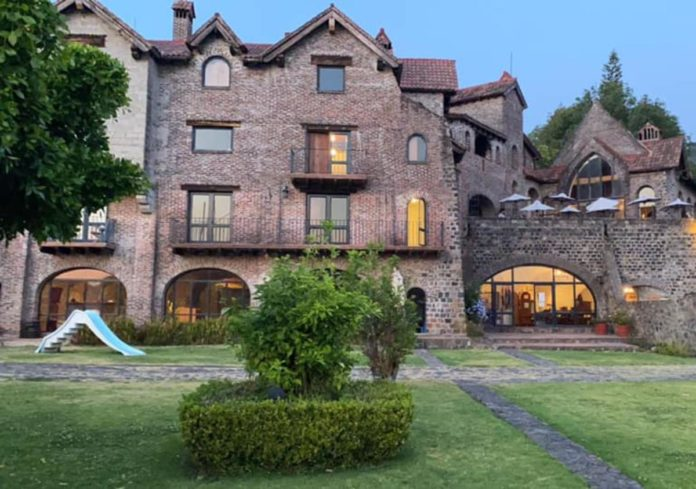 ¿Existe un castillo medieval en Valle de Bravo?
