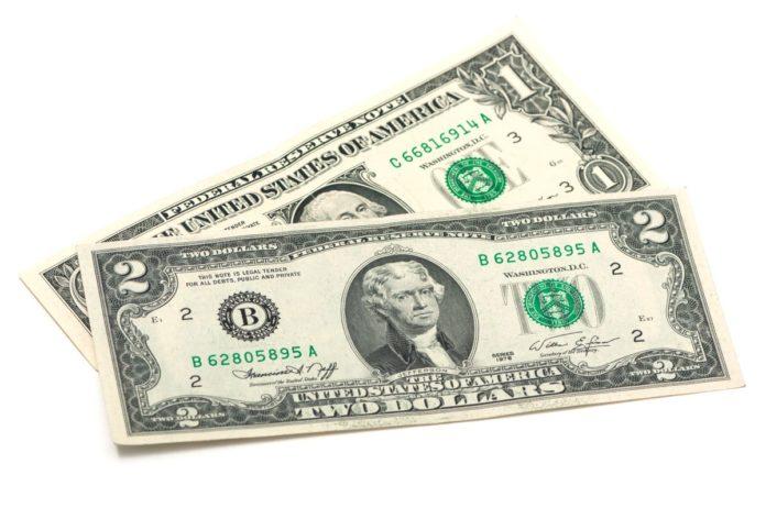 ¿Tienes un billete de 2 dólares? Esto podría valer y también es de buena suerte