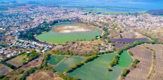 La joya lago crater