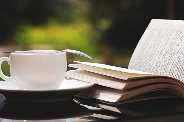 5 cafebrerías de CDMX para leer y tomar un café una tarde lluviosa