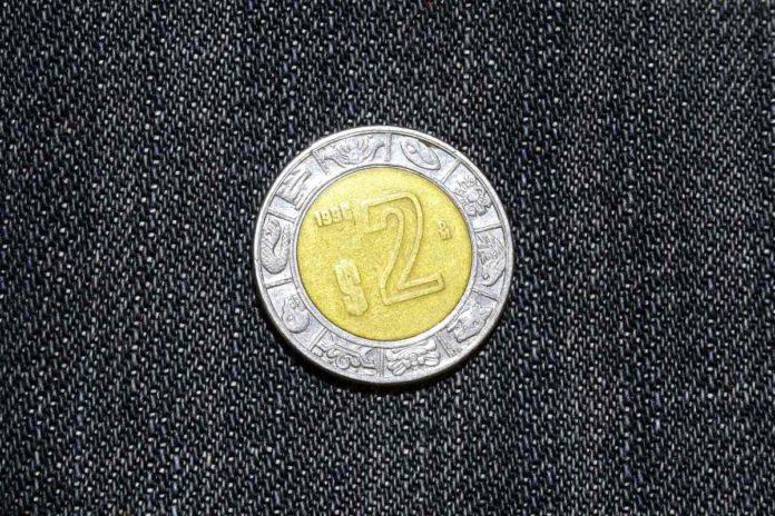 En esto podrías vender tus monedas de 2 pesos en internet