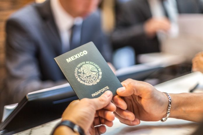 Emisión de pasaporte electrónico en México podría iniciar en septiembre