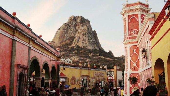 ¿Cuánto cuesta viajar a Peña de Bernal desde CDMX?