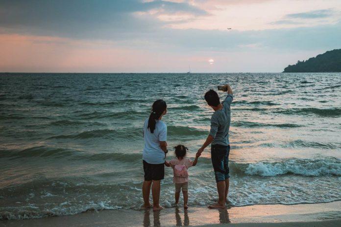 ¿Cómo viajar con tus hijos sin morir en el intento? Aquí te lo decimos