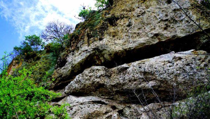 cuevas de Yagul y Mitla
