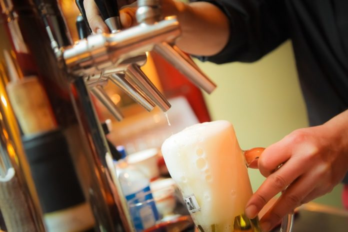 ¿Listo para el Día de la Cerveza 2021? Aprende a hacer escarchado de tamarindo