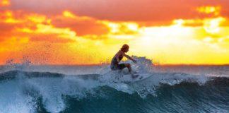 Playa La Ticla: El paraíso del surf y hogar de tortugas marinas