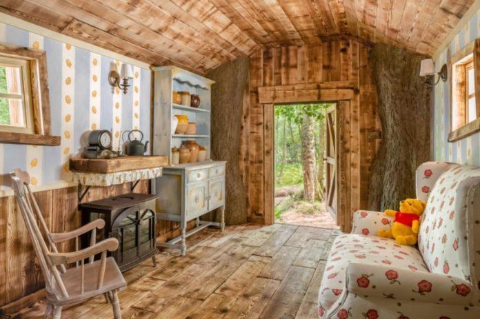 Recrean la casa de Winnie The Pooh en un bosque de Reino Unido, conócela